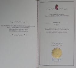 Pro Cultura Hungarica emlékplakett